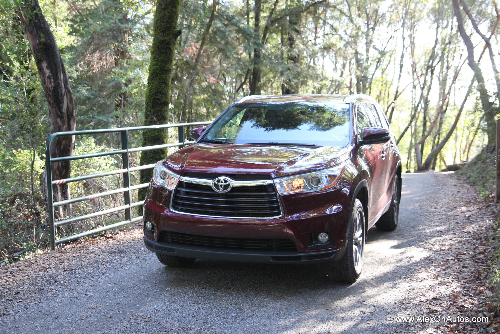 2014 Toyota Highlander Exterior-014 – Alex On Autos