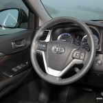 2014 Toyota Highlander Interior-009